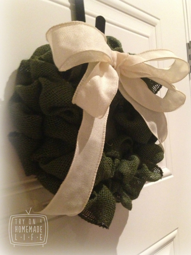 Small Green Burlap Wreath 2