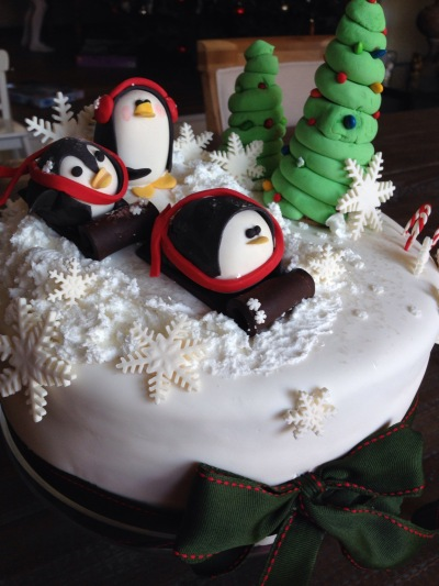 Penguins Sledding cake